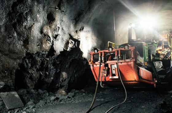 elf drilling anchor in mine